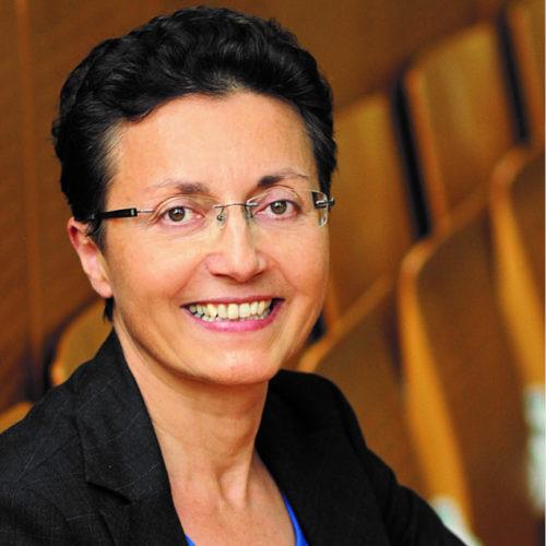 Dr.' Claudia Gómez Tutor