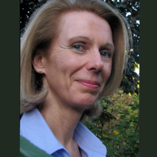 Dr.' Angelika Wiehl