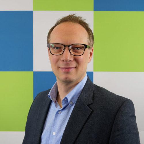 Dr. Henning Feldmann