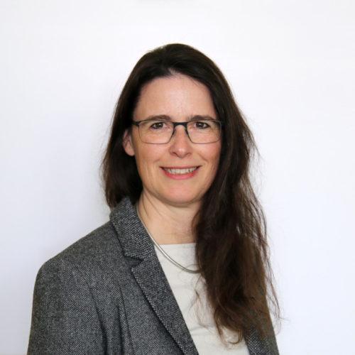 Dr.' Anja Pitton